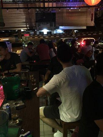 Vs9 Bar & Karaoke