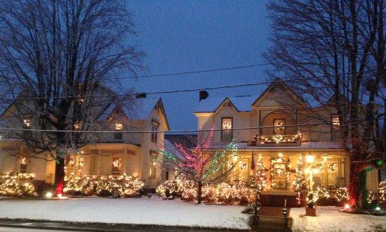 Rutherfordton, นอร์ทแคโรไลนา: December Snow!