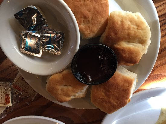 Mount Vernon, IL: biscuits provided