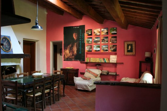 Casa Delle Rose Large Holiday Homes For 8 Persons With Swimming Pool Marche Italy Photo De
