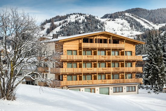 Pedraces, Italia: Hotel Miramonti