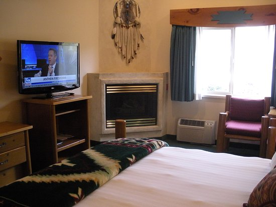 Ketchum, ID: room 107, with fire place & TV