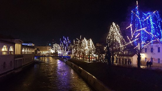 Triple Bridge (Tromostovje): 20171214_203300_large.jpg