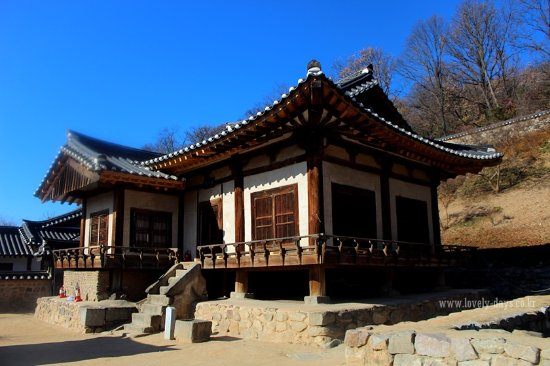 Imcheonggak House