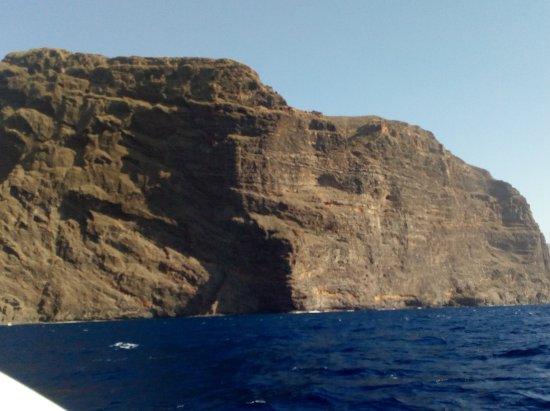 Los Gigantes, España: Lava cliffs