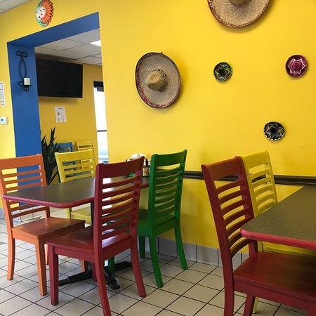 Onalaska, WI: El Cerrito Mexican Restaurant