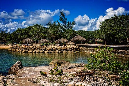 Coral Cove Resort Photo