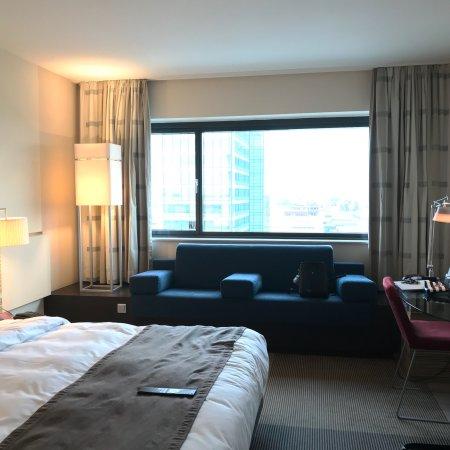Mövenpick Hotel Amsterdam City Centre : photo1.jpg