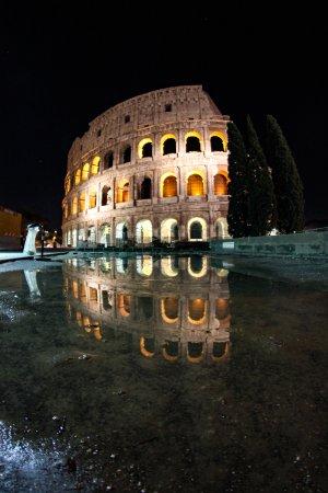 Colosseum: Coliseio de noche