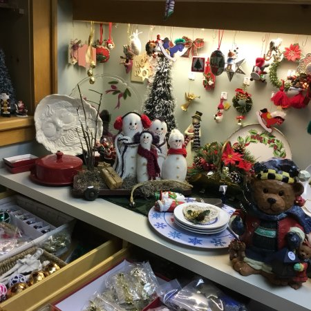 Vintage And Collectable Christmas Ornaments And Decorations