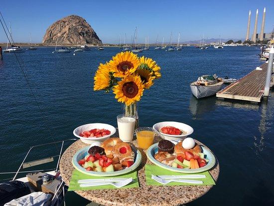 Estero Inn: Complimentary Breakfast