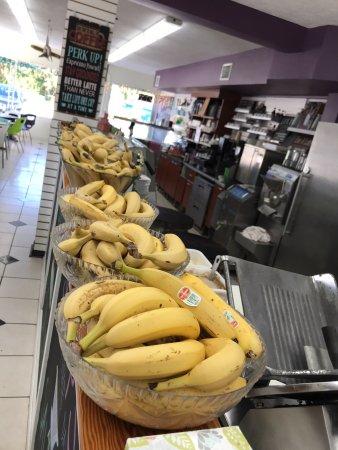 Bitton Bistro Cafe : Fresh bananas to make your delicious food