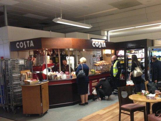 147adbf9f4ad Costa outlet near gate 24 - Picture of Costa Coffee, Crawley ...