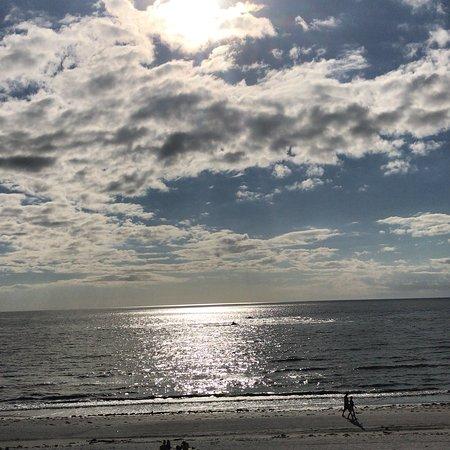 Sandpiper Gulf Resort: photo0.jpg