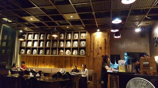 Internal Decor - Picture of Gyu Kaku Japanese BBQ Restaurant ...