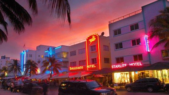 Starlight Hotel Miami Beach 2018
