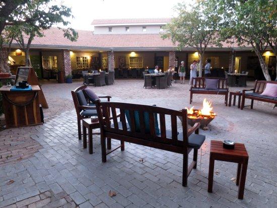 Khorixas, Namibia: Outside fireplace at dinner time