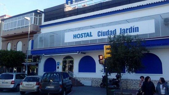 Hostel ciudad jardin hotel reviews price comparison for Hotel ciudad jardin