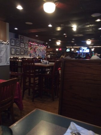 Ellicott City, Мэриленд: View from our table looking toward the bar