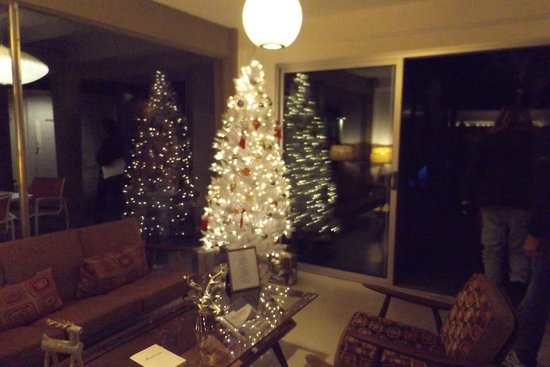 Del Marcos Hotel: Decorated for Christmas