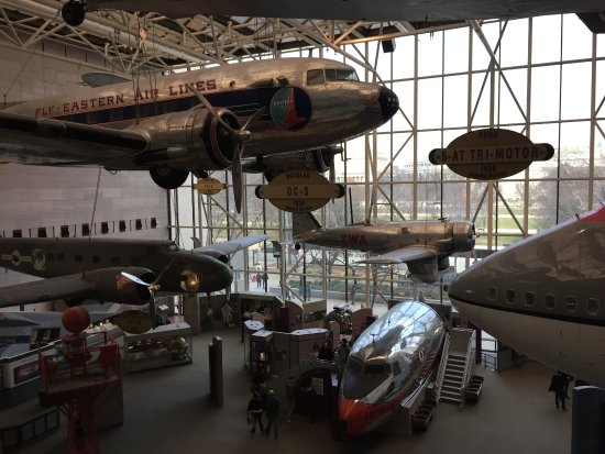 Chantilly, VA: Some of the aircraft on display including a jumbo jet