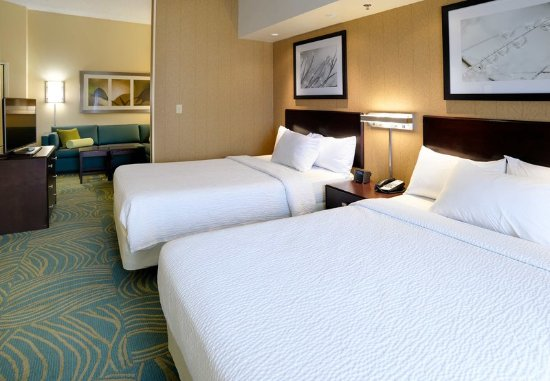 Terre Haute, IN: Guest room