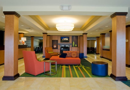 Fairfield Inn & Suites Gadsden: Lobby