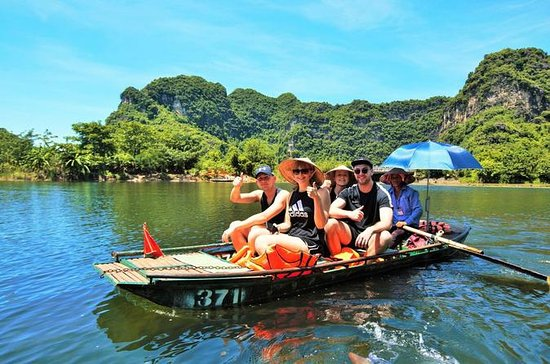 North Vietnam Countryside Bike and Boat Tour from Hanoi