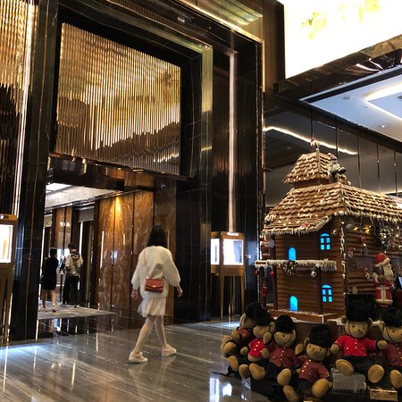 Photo de the ritz carlton hong kong hong for Chambre commerce hong kong