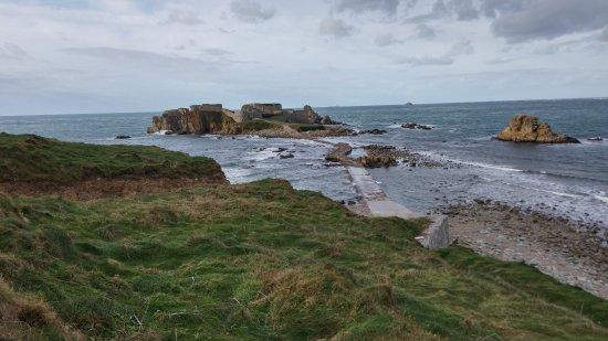 Alderney, UK: Almost high tide