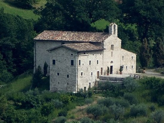 Acquasanta Terme, Itália: Abbazia di San Benedetto in Valledacqua