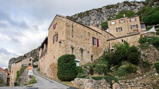Compregnac, Francia: поднимаясь к отелю