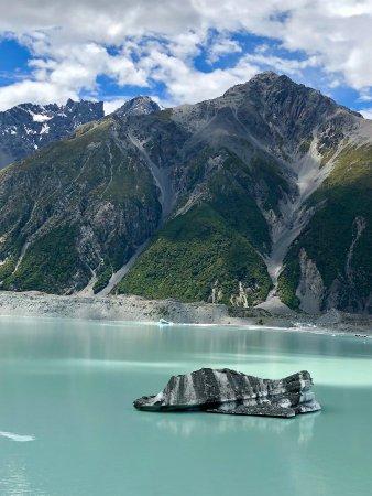 Mt. Cook Village, Selandia Baru: Snapshot of the lake