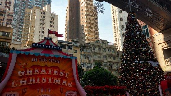 Wan Chai: Christmas Decorations