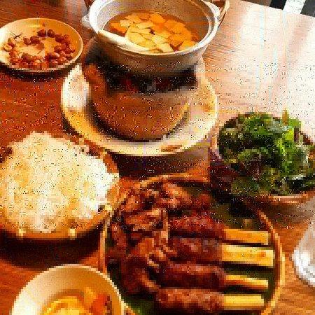 Cau Go Vietnamese Cuisine Restaurant: IMG_20171209_223214_231_large.jpg