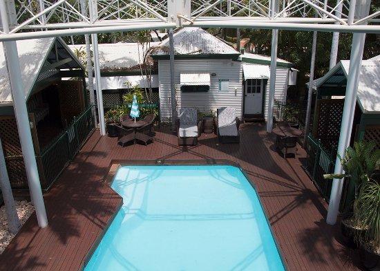 Pinctada McAlpine House: Pool area at McAlpine House