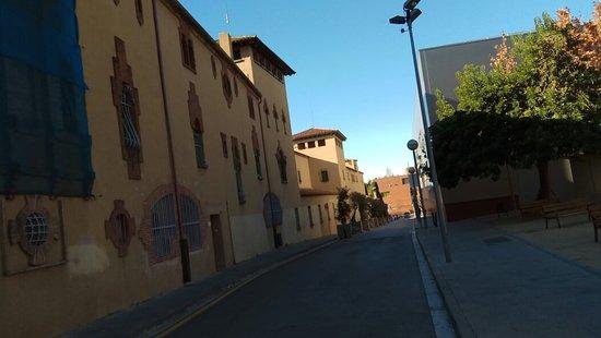 Esplugues de Llobregat, Spanje: Vist des del carrer