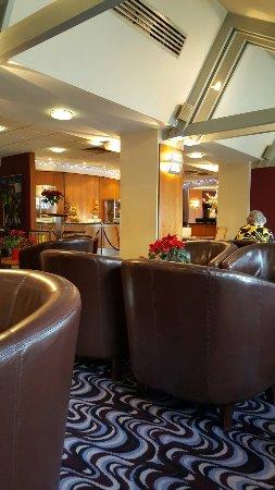 Days Hotel London- Waterloo: TA_IMG_20171216_105106_large.jpg