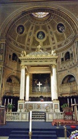 Basilica di san lorenzo in damaso rome tripadvisor - Hotel damaso roma ...