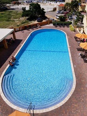 La Quinta Beach Resort : Prestine pool