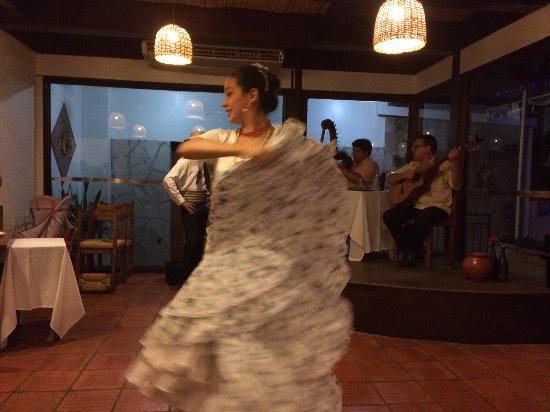 Cabana la Pascuala: Bailes tradicionales