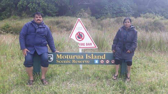 Paihia, Nieuw-Zeeland: hole of rock cruise