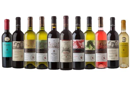 Пиргос, Греция: The full range of Mercoui Estate wines