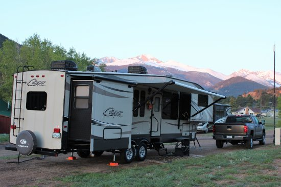 Elk Meadow Lodge & RV Resort : What a view!