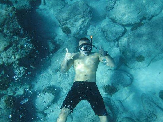 Eleele, Hawái: Snorkeling before lunch