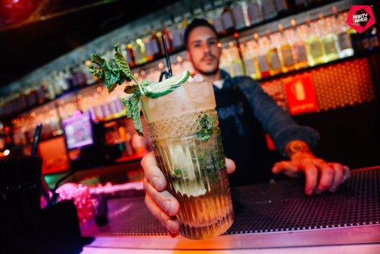 Enbabia Bar