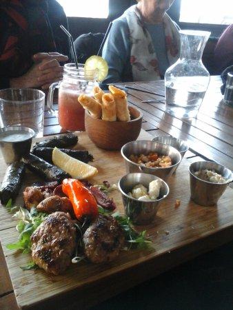 Port-de-Bouc, Francia: assiette spécialités