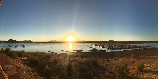鮑威爾湖度假酒店照片
