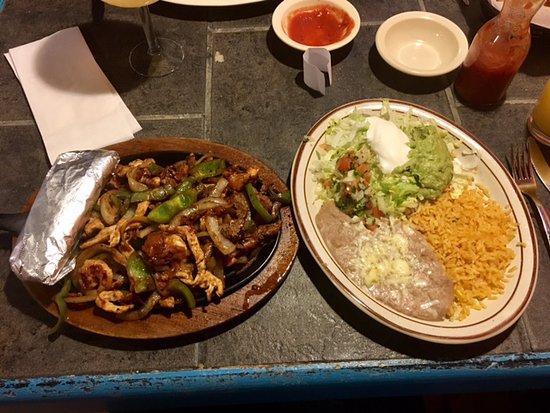Decatur, IN: Chicotes Steak, Chicken, Shrimp Fajitas