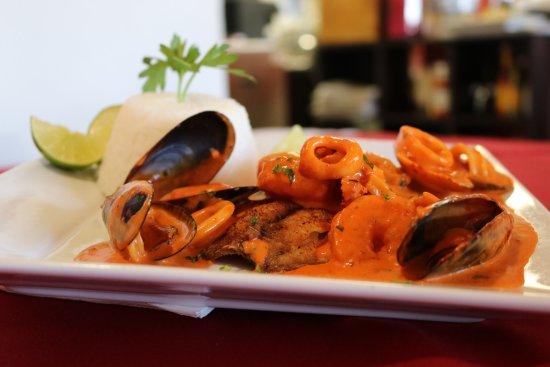 Rosarios Peruvian Restaurant: Pescado a lo Macho!